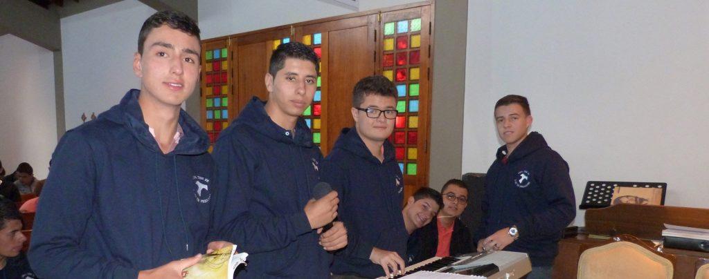 Kolumbien: Ausbildungshilfe für 91 Seminaristen