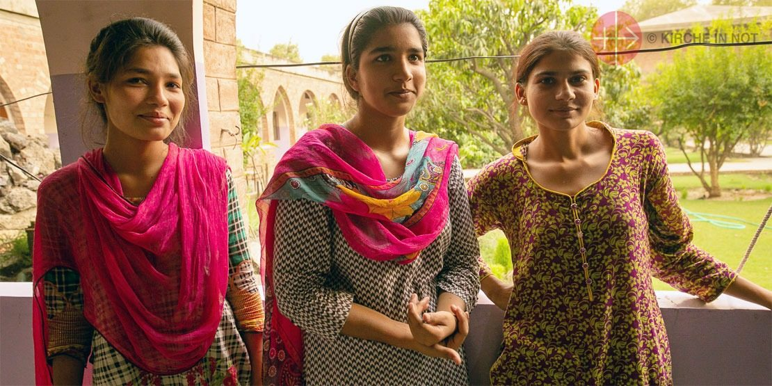 Schülerinnen einer katholischen Schule in Pakistan (Foto: Magdalena Wolnik/KIRCHE IN NOT).