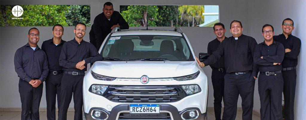 Danke: Ein Auto für die Ausbildung der angehenden Priester der Diözese Teixeira de Freitas-Caravelas