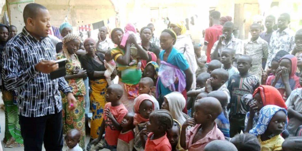 Nigeria Camp für vertriebene Mütter und Kinder